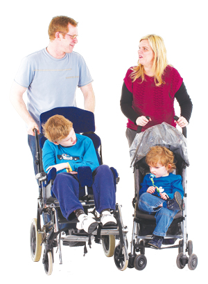 boys_wheelchair_pushchair_dad-300x410